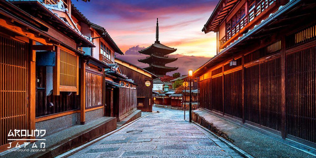 ใส่ยูกาตะเที่ยวเมืองเก่าที่ย่าน Gion
