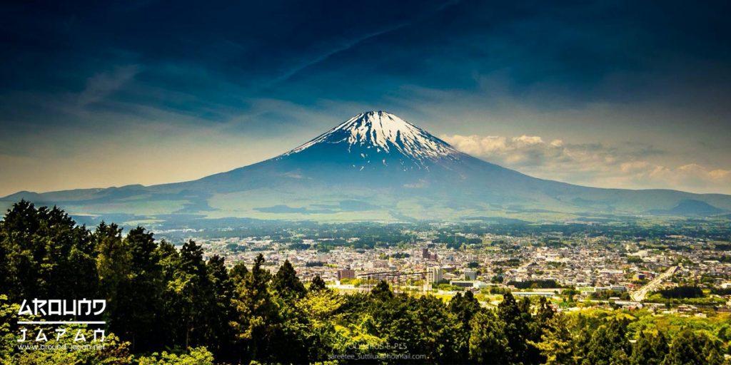 """ทำไมญี่ปุ่นขึ้นชื่อว่าเป็น """"ดินแดนอาทิตย์อุทัย"""""""