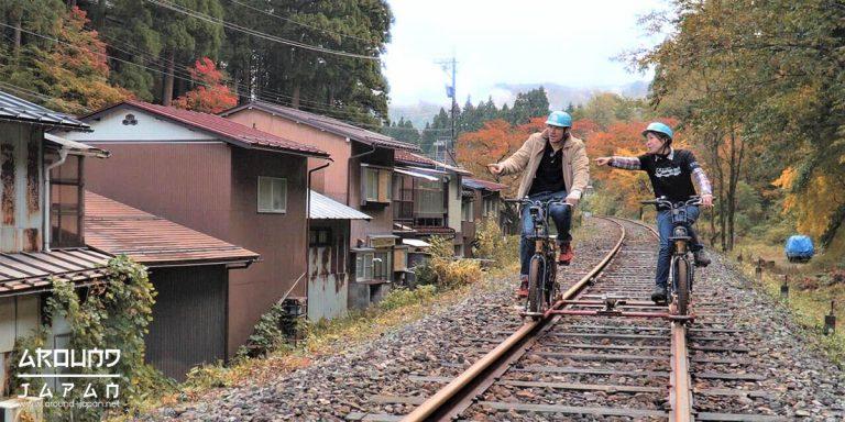 ปั่นจักรยานและเดินเล่นที่ฮิดะฟุรุคาวะ