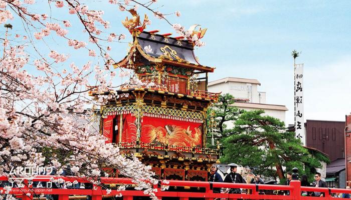 ไฮไลท์เทศกาล เยือนญี่ปุ่นช่วงฤดูใบไม้ผลิ ฤดูใบไม้ผลิของญี่ปุ่นเป็นช่วงเวลาที่นักท่องเที่ยวใฝ่ฝันอยากไปสัมผัสสักครั้งในช่วงมีนาคมถึงพฤษภาคม