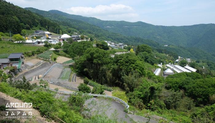 The Nakajimas ฟาร์มเฮ้าส์ที่จะพาคุณมาเรียนรู้ชีวิตชาวสวนอย่างแท้จริง มาสัมผัสกับประสบการณืบ้านไร่ปลายนาในพื้นที่ชนบทของประเทศญี่ปุ่น
