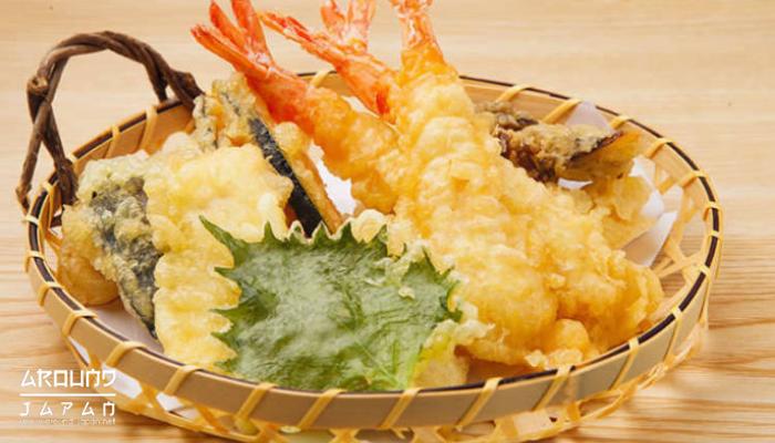อาหารญี่ปุ่น กับศิลปะที่ลงตัวอาหารญี่ปุ่น และศิลปะมักเป็นของคู่กันเสมอ หลายครั้งเราได้เห็นศิลปะในจานอาหารกว่าจะได้เมนูแต่ละเมนู